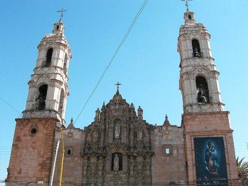 Paseo por Mexico Santuario Nuestra Señora de Guadalupe en Aguascalientes