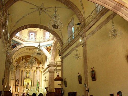 Paseo por Mexico Interior del Templo de San Marcos en Aguascalientes