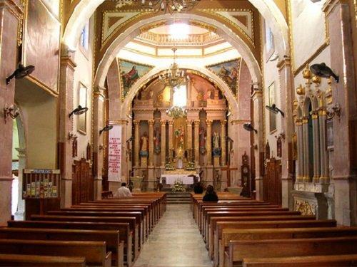 Paseo por Mexico Interior de Parroquia de San José en Aguascalientes