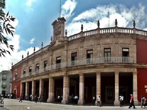Paseo por Mexico Palacio Municipal de Aguascalientes