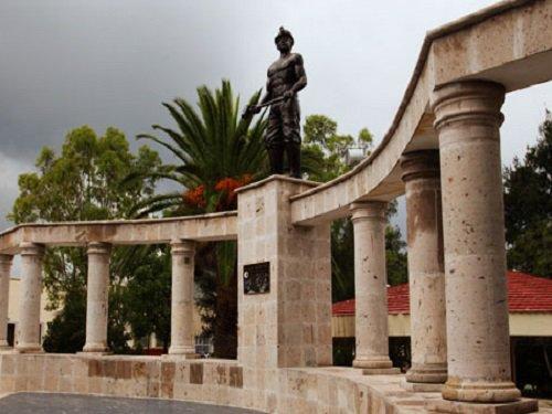 Paseo por Mexico Monumento al Minero en Asientos
