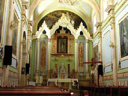 Paseo por Mexico Interior de Santuario de Nuestra Señora de Guadalupe en Asientos