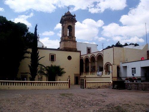 Paseo por Mexico Ex convento del Señor del Tepozán en Asientos
