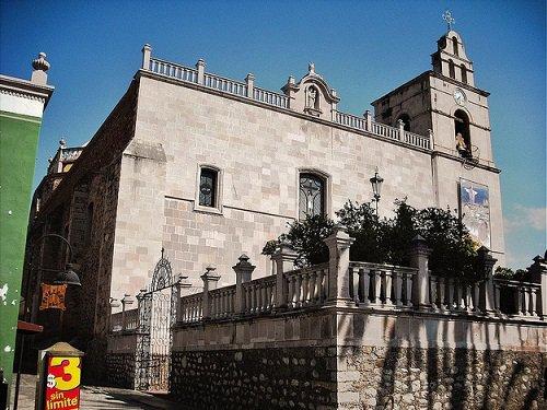 Paseo por Mexico Parroquia del Señor del Salitre en Calvillo