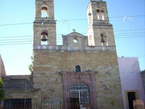 Paseo por Mexico Templo de la Virgen de Guadalupe en Cosío