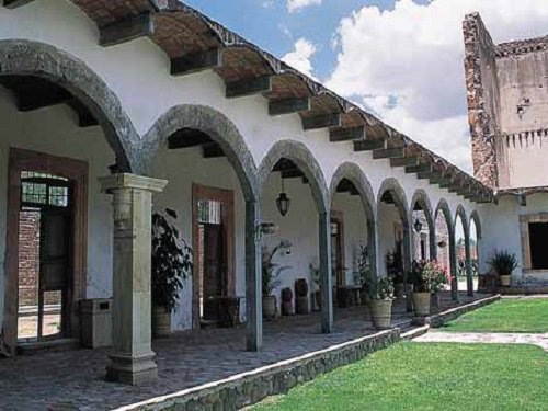 Paseo por Mexico Hacienda y Templo de San Blas de Pabellón en Rincón de Romos