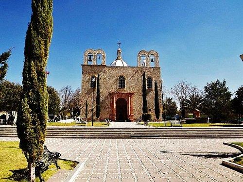 Paseo por Mexico Parroquia de Nuestra Señora del Refugio en Tepezalá
