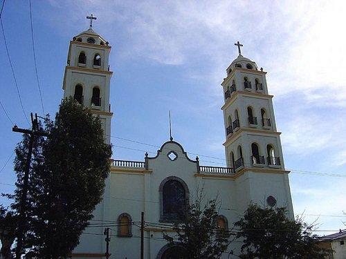 Paseo por Mexico Catedral El Santuario de Nuestra Señora de Guadalupe de Ensenada