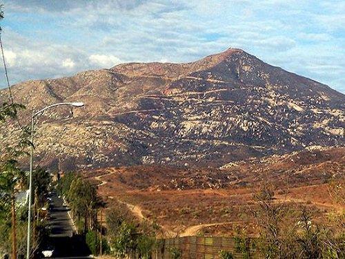 Paseo por Mexico Montaña Cuchuma EN Tecate