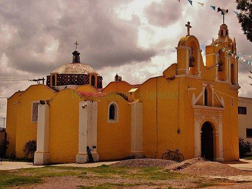 Paseo por Mexico Parroquia Antigua San Agustín Tetla en Acajete