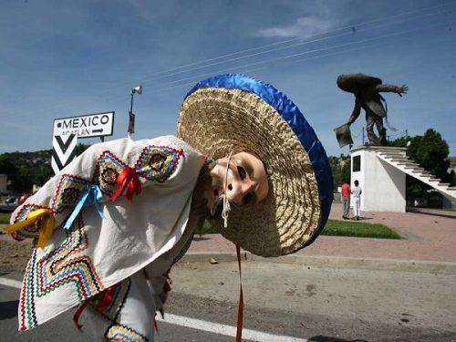 Paseo por Mexico La Danza de los Tecuanes en Acatlán