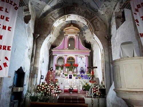 Paseo por Mexico Interior de la Iglesia de San Marcos en Acteopan.