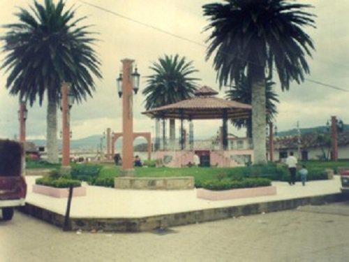 Paseo por Mexico Zócalo de Ahuazotepec