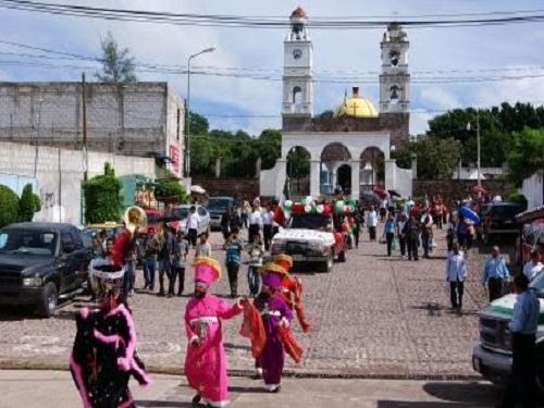 Paseo por Mexico Templo parroquial de Ahuehuetitla
