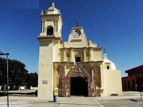 Paseo por Mexico Templo parroquial en honor a San Francisco en Altepexi
