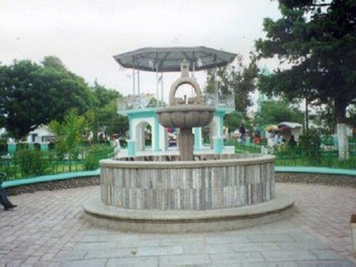 Paseo por Mexico Kiosco y fuente de Amozoc