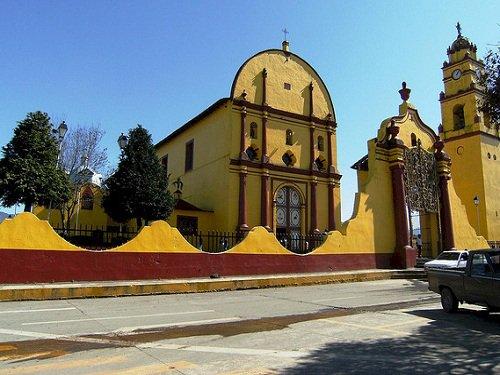 Paseo por Mexico Iglesia parroquial dedicada a San Francisco de Asís en Atempan