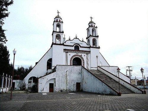 Paseo por Mexico La Iglesia del Calvario en Atempan