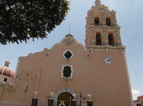 Paseo por Mexico Parroquia de la Natividad en Atlixco