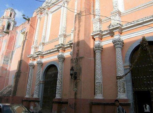 Paseo por Mexico Convento e Iglesia de las Clarisas de Atlixco