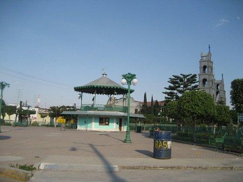 Paseo por Mexico Kiosco de Atoyatempan
