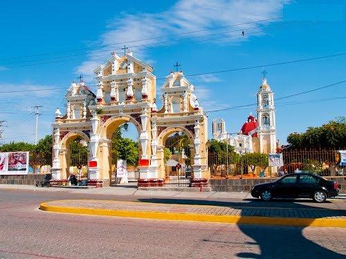 Paseo por Mexico La iglesia de Santiago Apóstol en Atzala