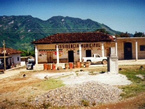 Paseo por Mexico Palacio Municipal Camocuautla