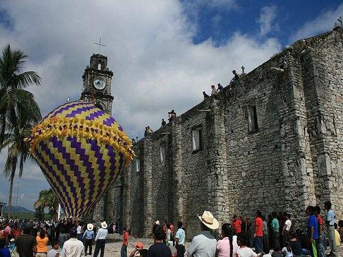Paseo por Mexico Concursos de elevación de globos aerostáticos en Caxhuacan