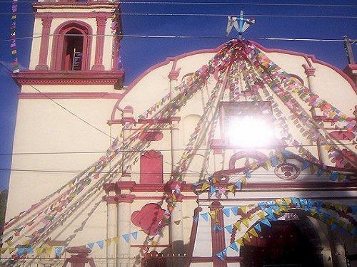 Paseo por Mexico Iglesia de Guadalupe en Chalchicomula de Sesma