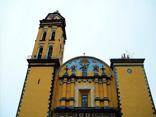 Paseo por Mexico La parroquia de Jesús de las Tres Caídas Chalchicomula de Sesma