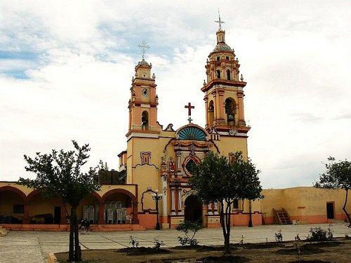 Paseo por Mexico Templo parroquial San Lorenzo Mártir en Chiautzingo