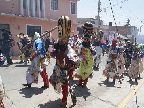 Paseo por Mexico Tradicional carnaval de Chiautzingo