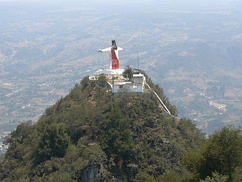 Paseo por Mexico Cerro del Cristo de Chignautla