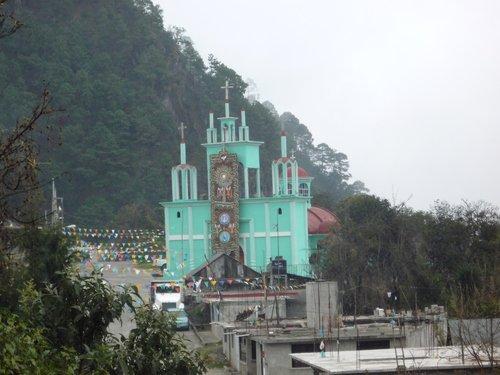Paseo por Mexico Parroquia de Chilchotla
