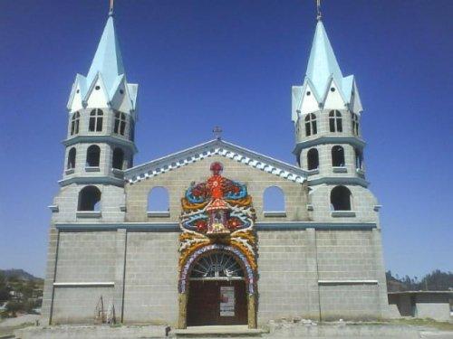 Paseo por Mexico Parroquia de Francisco I. Madero en Chilchotla