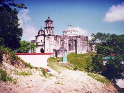 Paseo por Mexico Iglesia parroquial de Coatepec
