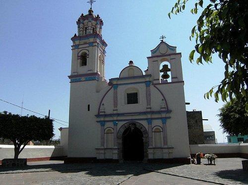 Paseo por Mexico Templo de Jesús Nazareno en Cohuecán