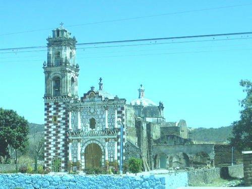 Paseo por Mexico Iglesia de San Felipe Cuapexco en Cohuecán