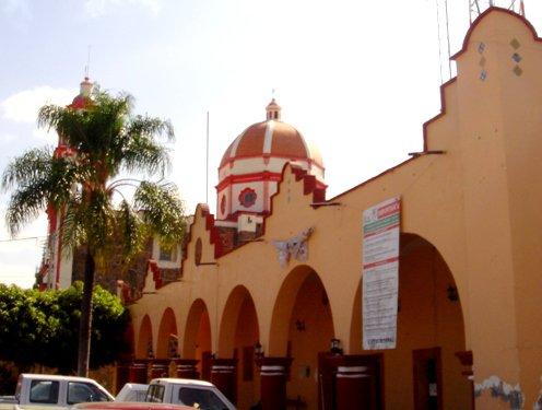 Paseo por Mexico Palacio Municipal Cohuecán