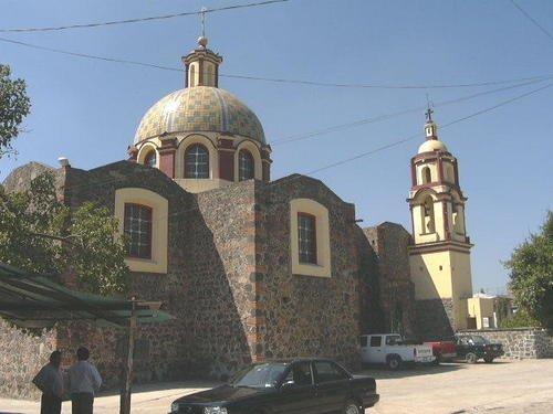 Paseo por Mexico Iglesia de San Martín Zoquiapan en Coronango