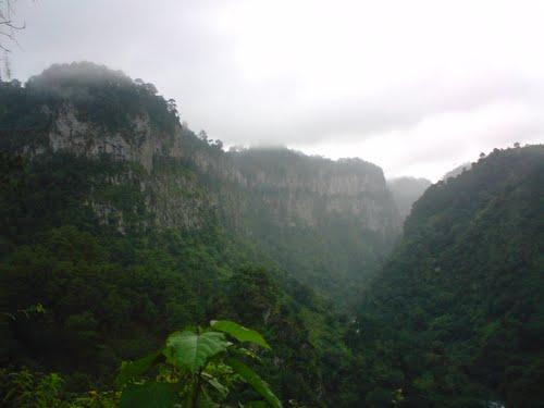 Paseo por Mexico Cañón de ixtolco en Cuautempan