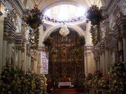 Paseo por Mexico Interior de Templo de San Juan Bautista en Cuautlancingo