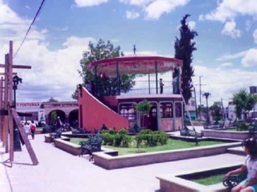 Paseo por Mexico Kiosco de Cuautlancingo