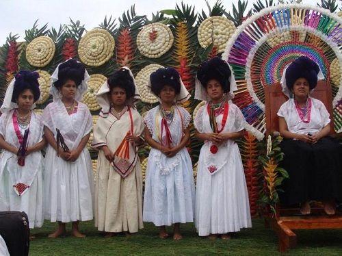 Paseo por Mexico La Feria del Huipil en Cuetzalan del Progreso