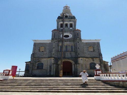 Paseo por Mexico Iglesia de San Francisco en Cuetzalan del Progreso
