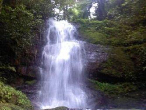 Paseo por Mexico Cascada Velo de Novia en Cuetzalan del Progreso