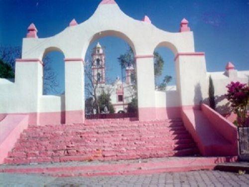 Paseo por Mexico Templo Parroquial de Epatlán