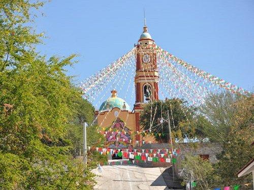 Paseo por Mexico Templo parroquial en advocación a Santa Ana en Guadalupe