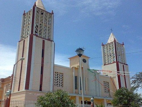 Paseo por Mexico Iglesia en honor a la Virgen de Guadalupe en Guadalupe Victoria