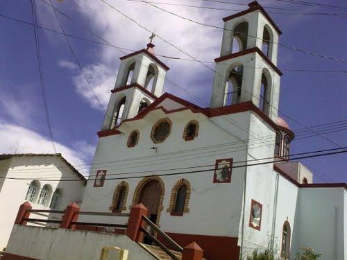 Paseo por Mexico Templo Parroquial a la Santa Cruz en Honey